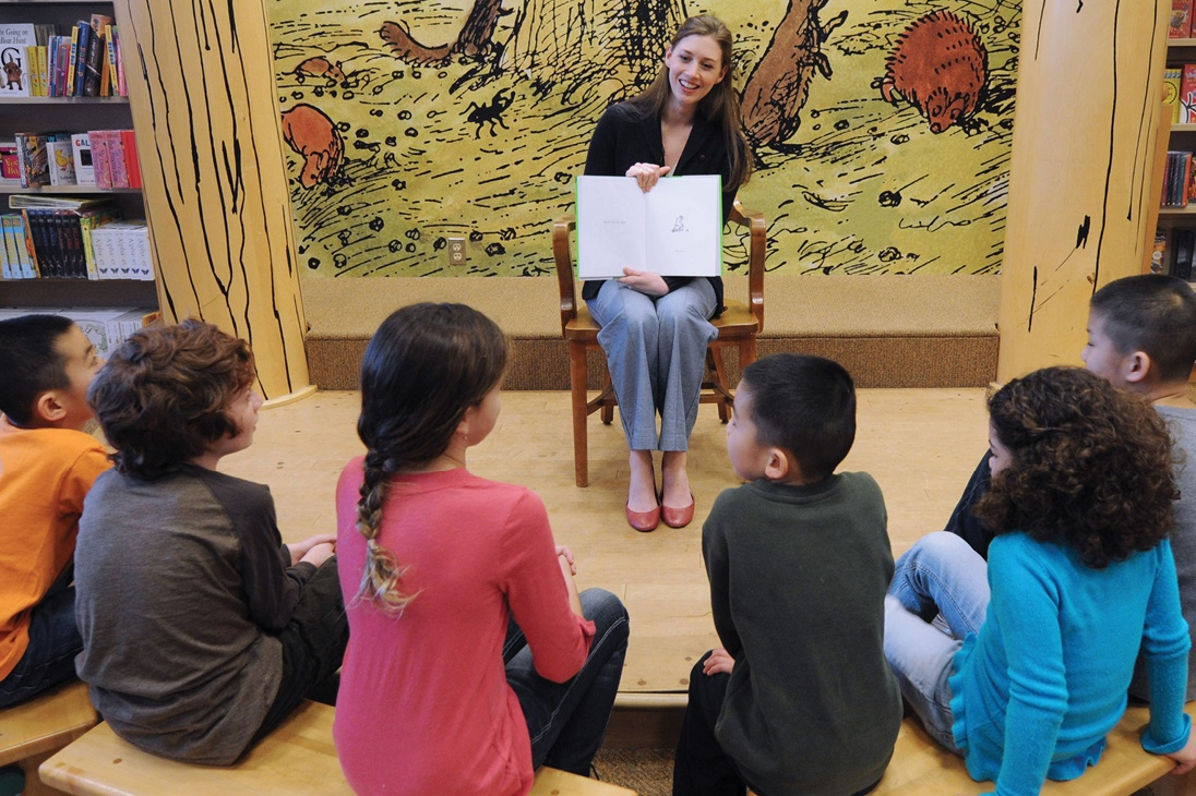 Storytime At Barnes Noble At The Grove The Grove La
