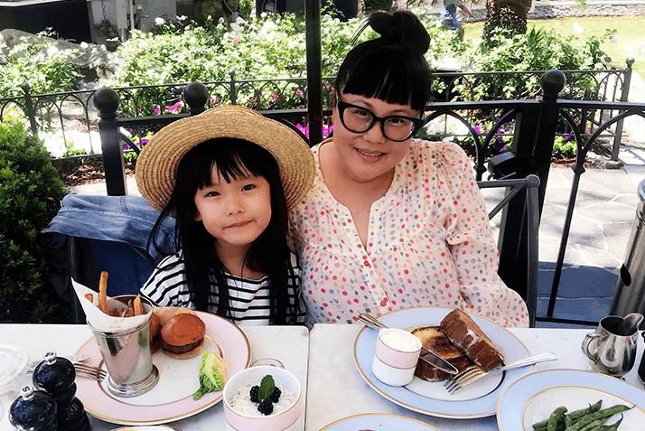 4 Insta-Famous Moms and Daughters Give Us the Scoop on the Best Brunch Spots for Mother's Day