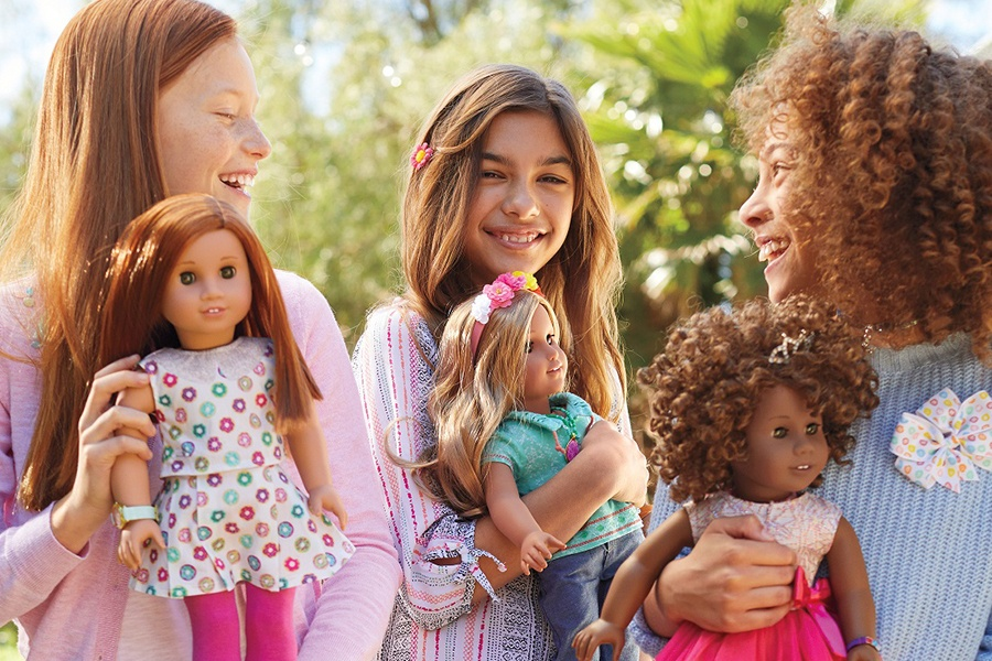 Mom-and-Me Holiday Doll Hair Salon Spectacular at American Girl Place