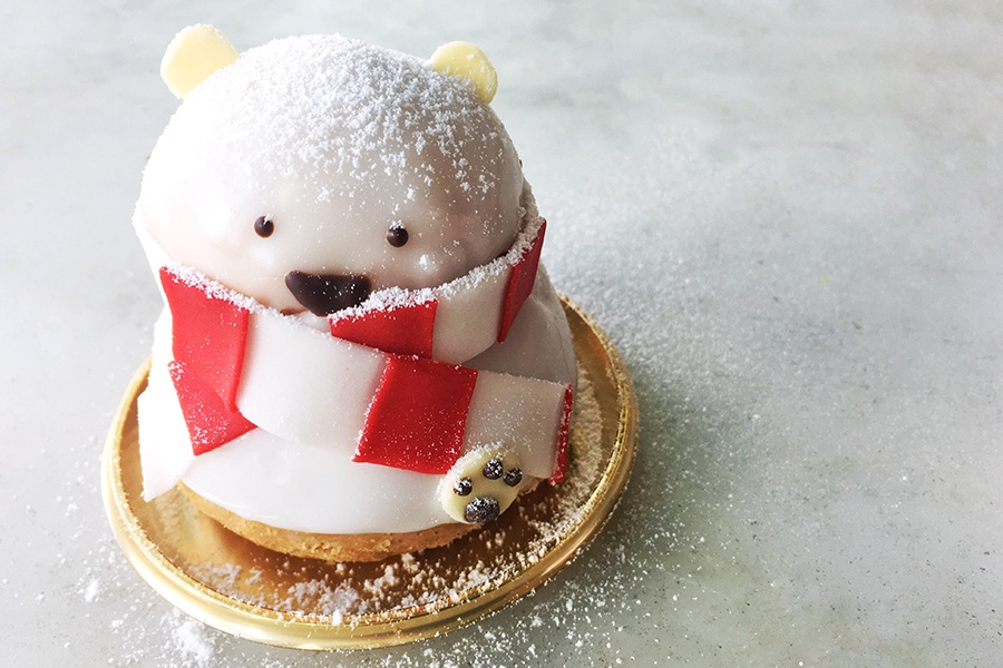 Blizzard the Bear Religieuse at Dominique Ansel Bakery