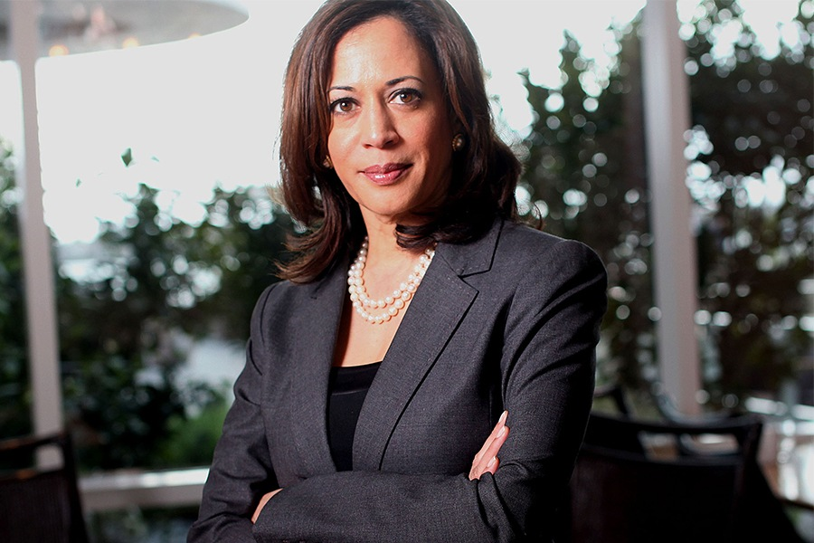 Kamala Harris Book Signing at Barnes & Noble