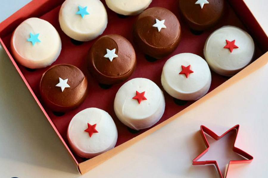 4th of July Box at Sprinkles Cupcakes
